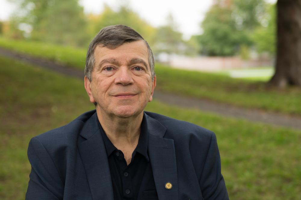A photo of Dr. Paul Roumeliotis